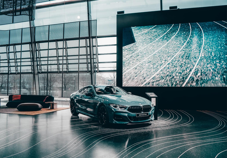 עיצוב אולם תצוגה לרכבים